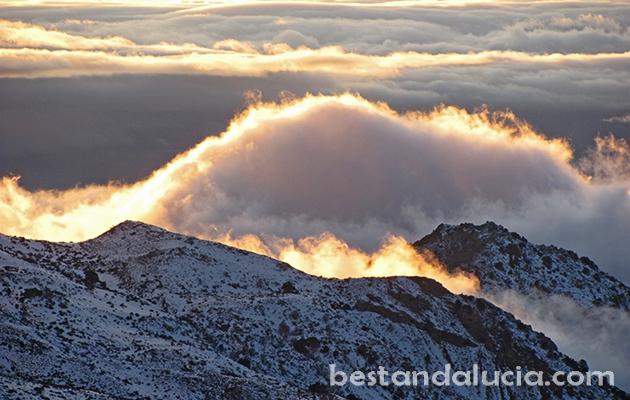 Clouds invade the ski resort