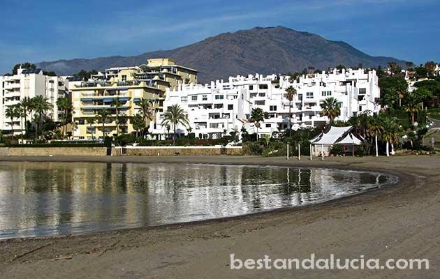 Popular El Cristo beach